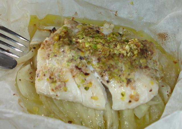 Papillote de cabillaud et fenouil aux eclats de pistaches for Cabillaud fenouil